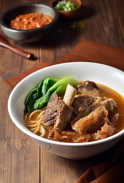 美福-愛熟成21牛肉麵-小戰斧牛肉麵