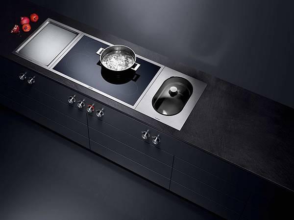 Gaggenau Vario400 系列廚具全區烹調感應爐與蒸鍋_形象照