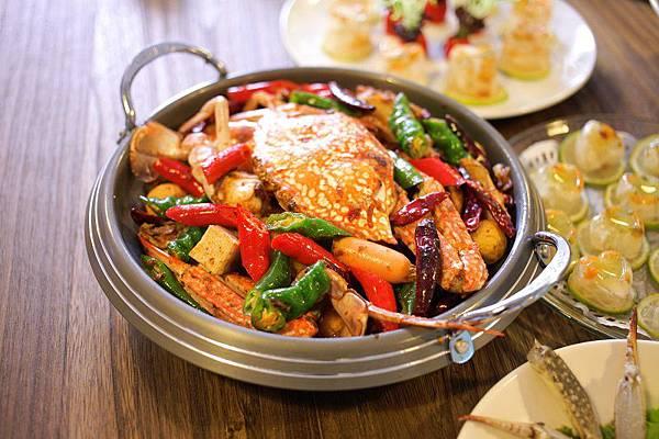 太食記藍鑽蟹的肉質鮮甜、口感細緻,喜愛重口味的饕客在家也可輕鬆製作麻辣香鍋蟹。(照片提供:太食記)