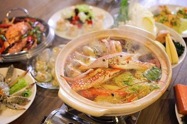 太食記藍鑽蟹透過高湯燉煮,鮮味融入湯頭,重現最原始的風味。(照片提供:太食記)