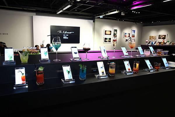 Samsung Galaxy The Moment真實.珍惜攝影展以13款特製調酒傳達攝影作品主角故事
