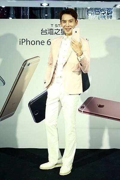 iPhone 6s 玫瑰金,男生也有「型」,預約用戶中近六成選擇玫瑰金新色,在台掀玫瑰金旋風
