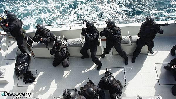 《台灣特戰部隊2:黑衣部隊反恐任務》將深入險惡大海,挑戰嚴苛的反劫船訓練任務,解救外海遭挾持的商船與受困人質,奪回船艦控制權