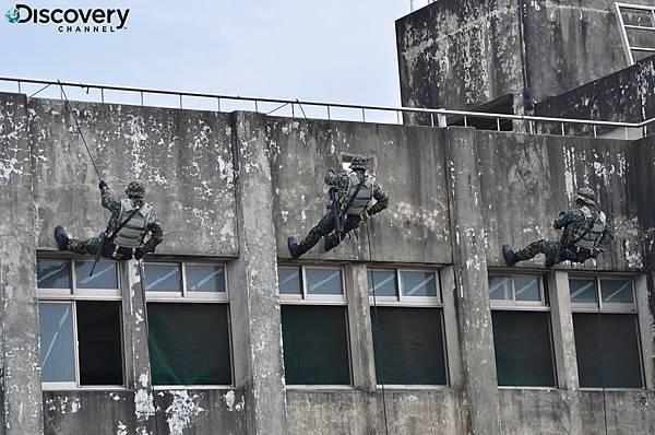 Discovery頻道《台灣特戰部隊2》首度揭開海軍陸戰隊特勤隊嚴苛訓練,見識特戰隊員垂降反劫持戰力