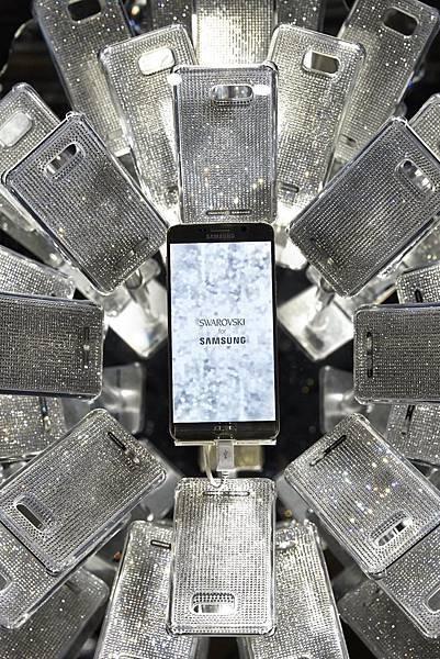 Galaxy Note 5 演繹施華洛世奇120周年紀念展最大嬌點