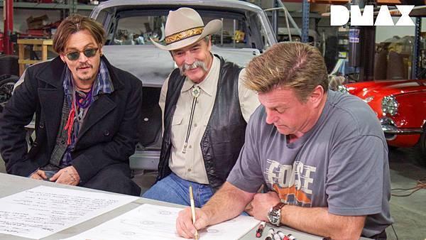 強尼戴普跟安柏的爸爸一起參與設計要給安柏一個驚喜