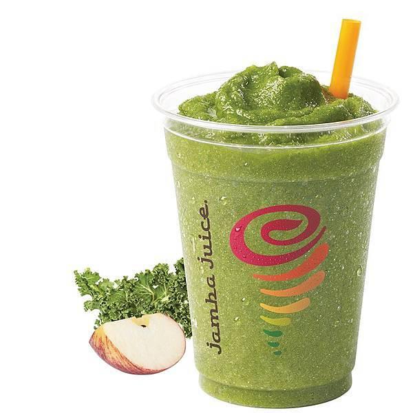 【圖11】Jamba Juice自信之作「完美蘋綠Apple 'n Greens」,運用蘋果草莓汁、芒果、香蕉、水蜜桃,與波菜完美結合,讓深色蔬菜變得更好喝!