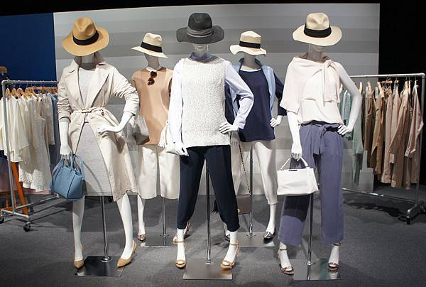 GU 2016春夏東京展示會_女裝大型店限定商品: Chic & City