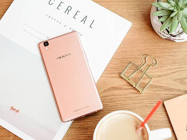 OPPO更推出R7s絕美玫瑰金瞄準女性手機市場!