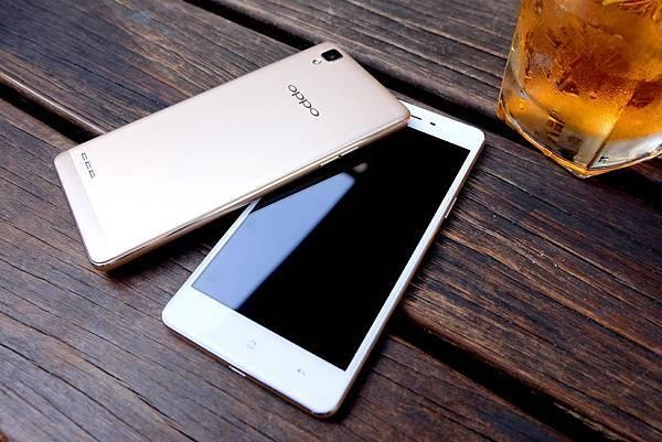 OPPO F1 Phone情萬種 金屬機身搭配優質拍照功能 讓你成為自拍高手