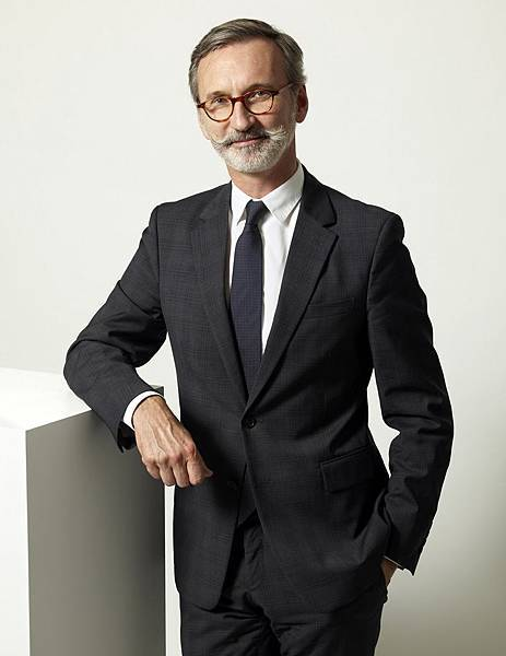 1. Longchamp CEO,同時也是家族第三代的Jean Cassegrain