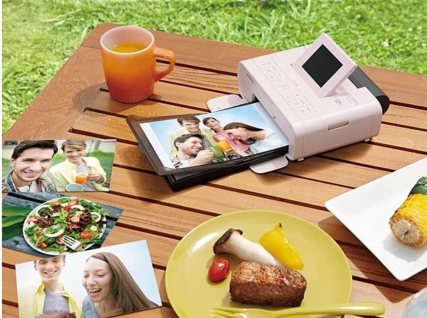 1 Canon推出全新升級版多功能小型印相機 SELPHY CP1200,讓您外出隨拍隨印,紀錄生活中大小驚喜,永久珍藏每刻感動。