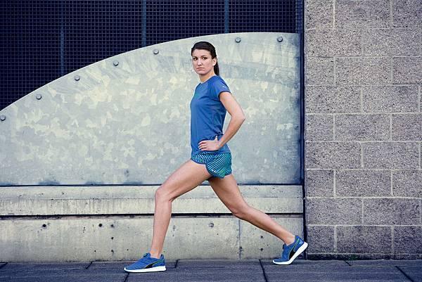 詹娜·帕拉蒂尼(Jenna Prandini) 穿著全新PUMA IGNITE Disc跑鞋進行練跑訓練