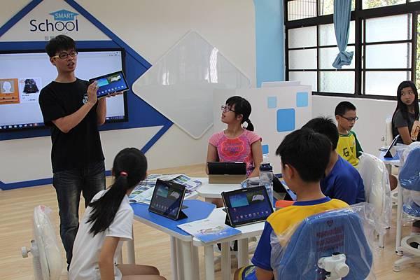 台灣三星完成全台15縣市15所智慧教室的建置,更影響其周邊學校,紛紛投入行動學習行列