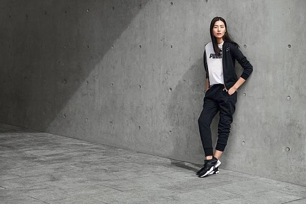 國際超模劉雯帥氣詮釋PUMA Blaze街頭黑白時尚