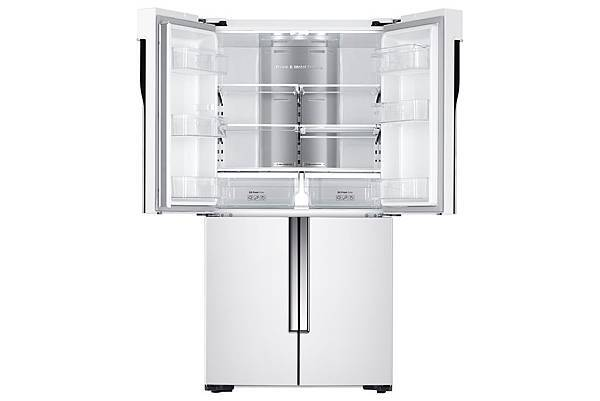 儲存空間可冷凍冷藏靈活調配,具備四種「智慧溫控」調整,透過溫控室彈性空間的運用,能依照不同生活型態或階段,切換各種模式。