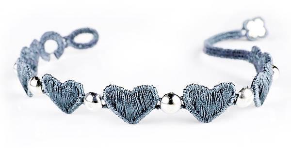 6. CRUCIANI心願 編織刺繡手鍊 (藍),建議售價NTD 6,000