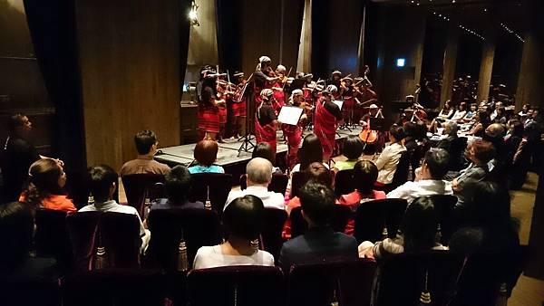雲朗觀光攜手親愛國小學童推出音樂饗宴 (2)