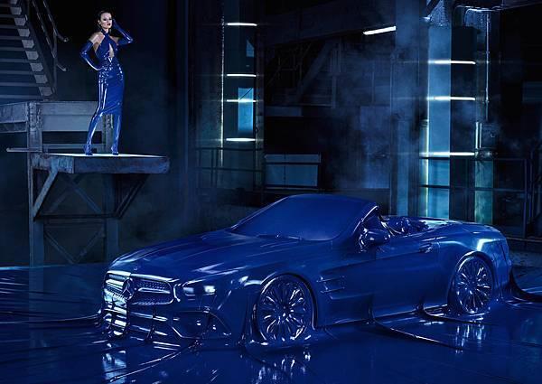 Mercedes-Benz 2016秋冬時尚形象廣告The new SL與超模Natasha Poly攜手性感演繹 (1)