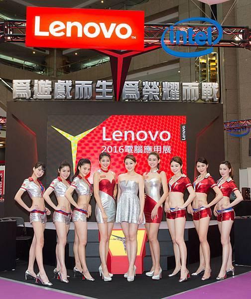 Lenovo邀請Lenovo Ladies於應用展攤位介紹產品,與消費者同歡
