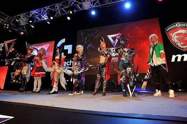 圖二:首屆電競「COSPLAY大賽」忠實還原電玩角色韻味。