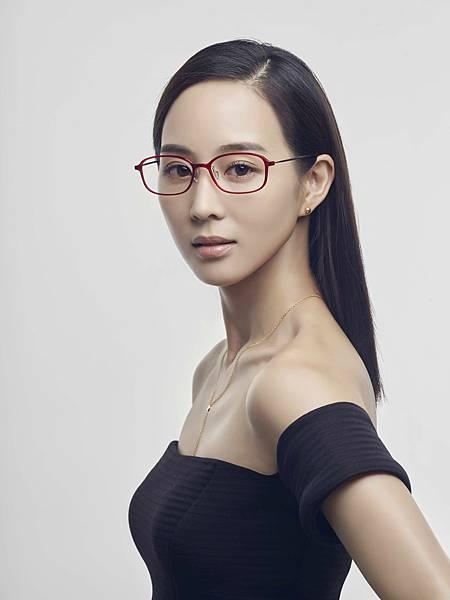 圖說1:張鈞甯代言滿檔,推薦aGape眼鏡時尚又好戴(aGape提供)