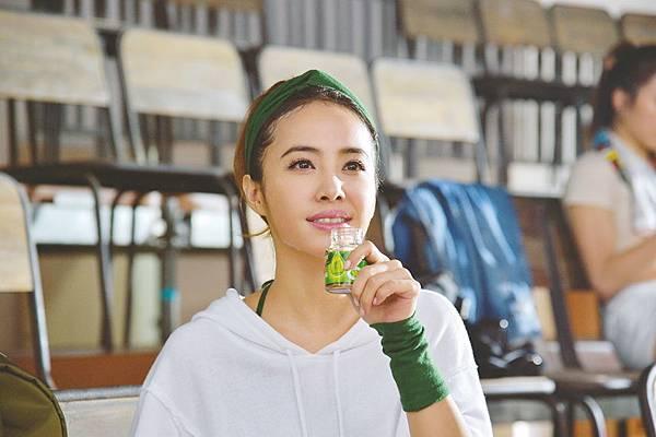 白蘭氏鷄精邀請長期愛用者蔡依林Jolin擔任全新品牌大使,分享自身經驗,鼓勵消費者追求「健康」「精彩」的生活。