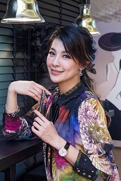 林若亞詮釋寶曦女性的亮麗風格(Style)