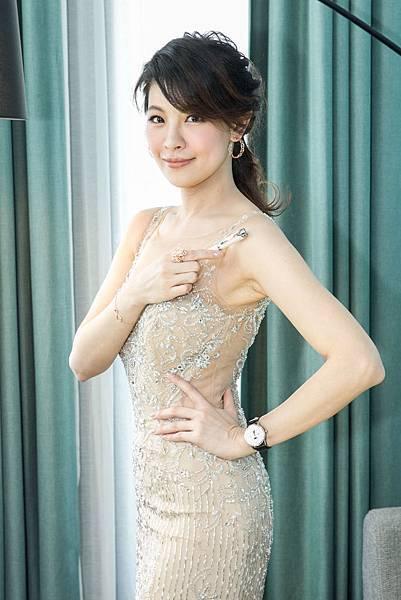 林若亞詮釋寶曦女性的魅力風采(Glamour)