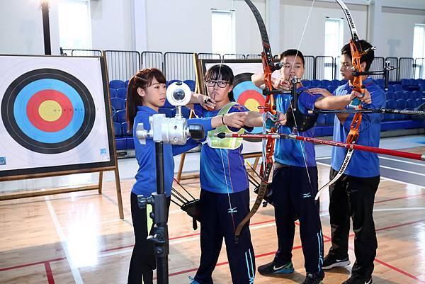 台灣箭后 譚雅婷 三和國中 射箭隊