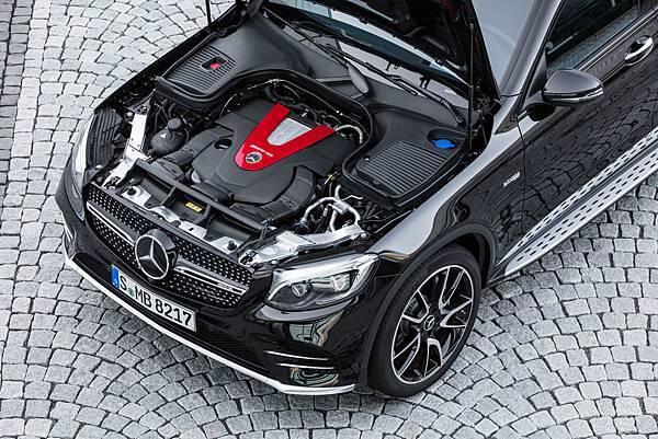 台灣賓士引進Mercedes-AMG GLC 43 4MATIC Coupe,同級車無人能及狂放詮釋性能魅力