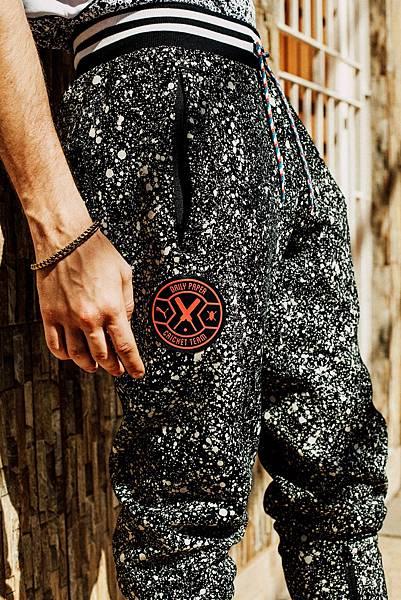 PUMA X DAILY PAPER 板球造型長褲 NT$ 3,580