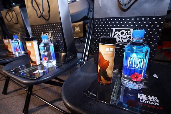 FIJI™ Water斐濟天然深層礦物水攜手《羅根》亞洲首映會,提供現場VIP獨特水體驗