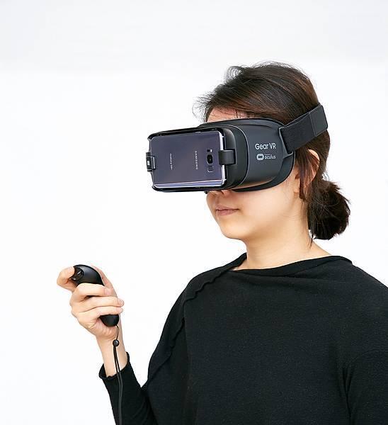 Galaxy S8與S8+讓搭載遙控器及Oculus技術的Gear VR如虎添翼
