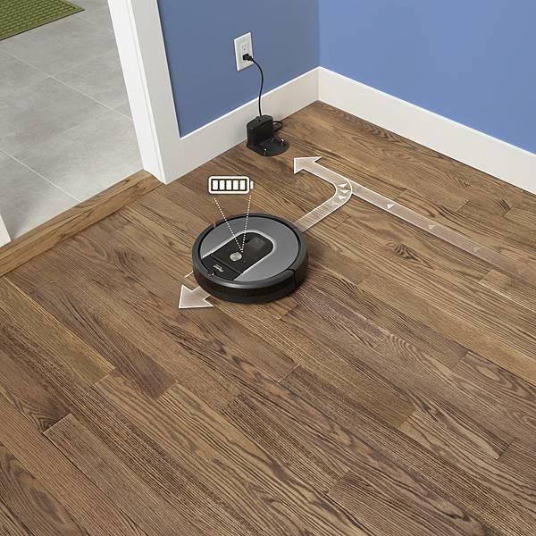 Roomba 960支援自動回充,待充飽電後可再回到上次停留的位置接續清掃工作