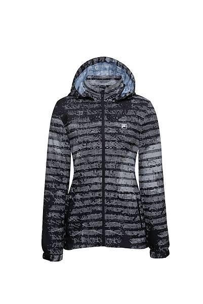 圖3.FILA迷幻旋彩風衣外套-幻影黑(女款),售價$3,680