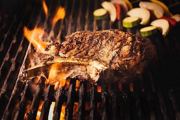 松山意舎酒店-Que餐廳-燒烤中35 oz 美國Brandt 自然帶骨肋眼牛排