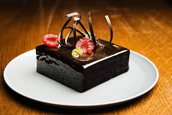 台北中山意舍酒店-母親節絲絨巧克力慕斯蛋糕