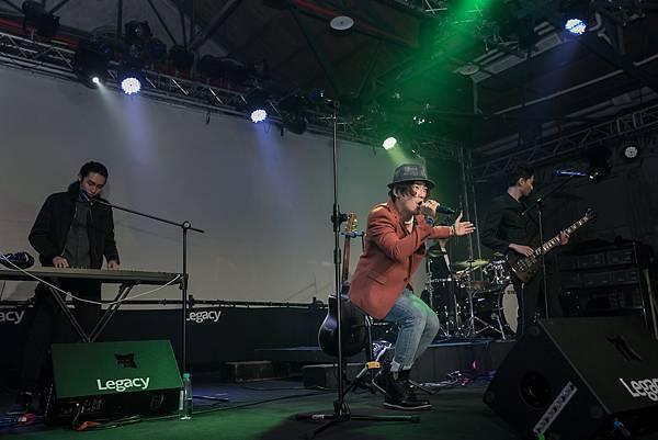 《私室》更邀請金曲作曲人楊子樸打造專屬的全新配樂跟主題曲,帶給影迷們視覺及聽覺的頂級饗宴(照片提供:SELFPICK)