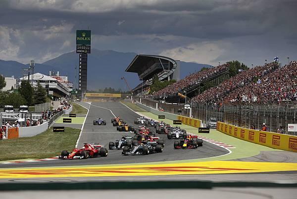 西班牙站賽事於巴塞隆納的Catalunya賽道舉辦,諸多車隊選擇此站將自家賽車進行強化動作,添增本站賽事可看度