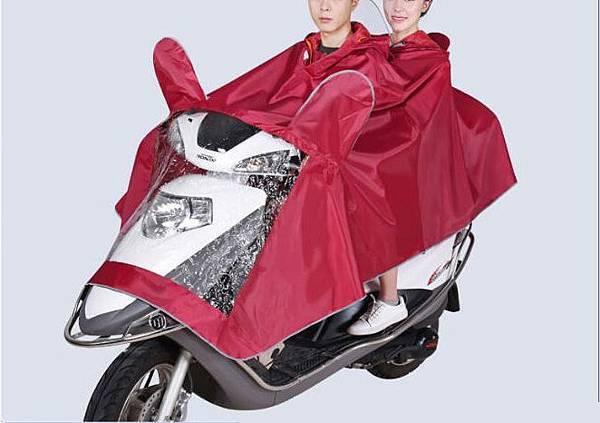 情侶雙載超實用防水神器 摩托車情侶雨披