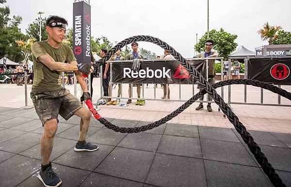 【新聞圖說三】比賽現場更設置專業體能訓練挑戰 邀請參賽者透過挑戰不同面向的體能極限