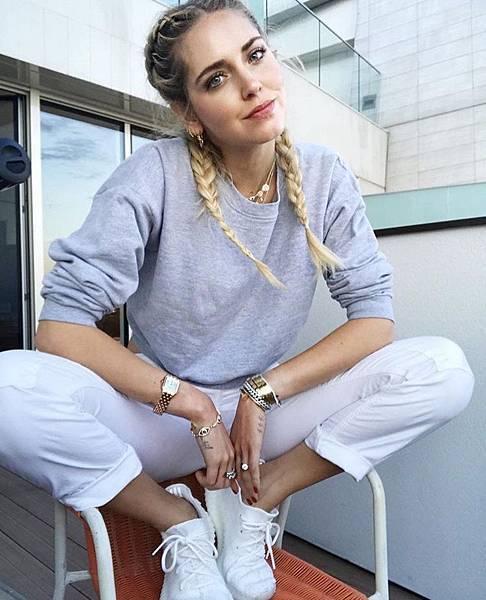 Chiara Ferragni深深地吸引著每一位熱愛時尚的年輕女性