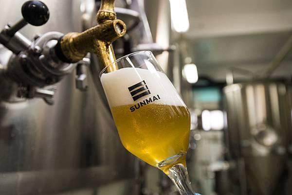 圖6.SUNMAI金色三麥超人氣精釀啤酒,現場新鮮試飲蜂蜜口味