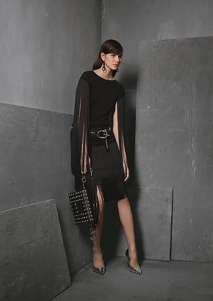 Michael Kors Collection 早秋系列黑色流蘇裙裝
