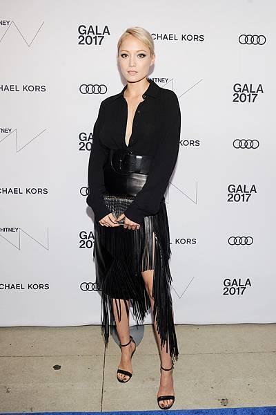 法國演員Pom Klementieff身著Michael Kors Collection 2017早秋系列出席活動