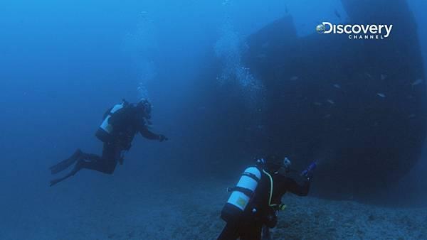 尋寶隊在海底發現船骸 準備搜尋寶藏蹤跡
