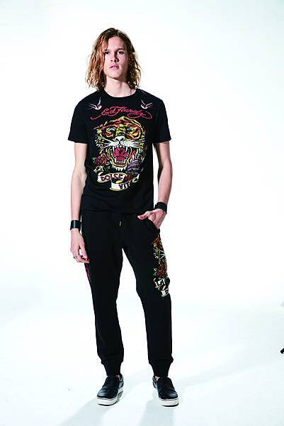 Ed Hardy 甜蜜生活La Dolce Vita短袖上衣 (Model) $5,980