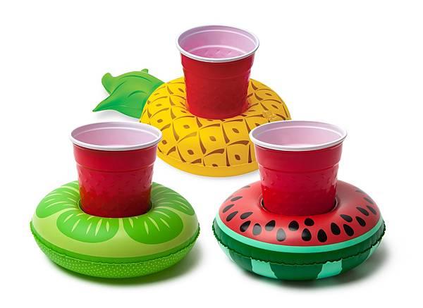 【新聞附件4】西瓜飲料杯泳圈