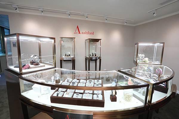 2.Ashford突破精品腕錶入手門檻,帶來優質錶款、動人價格與貼心服務。